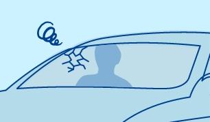 運転席から見える目立つキズはガラス交換をおすすめします